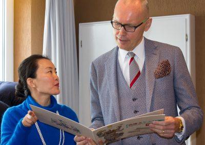 Mrs. Zhang_Mr. Thun